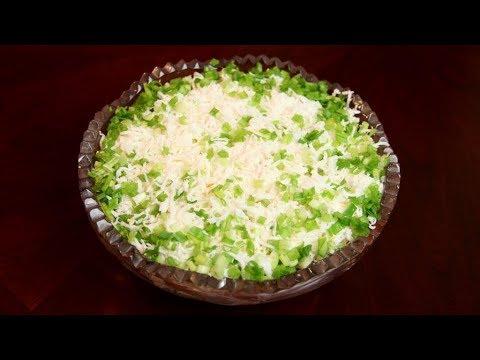 Вкусный овощной салат с маринованным луком -рецепт