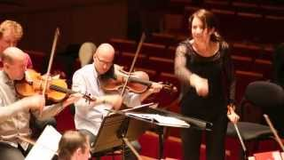 Márquez - Danzon n° 2 sous la baguette d'Alondra de la Parra (répétition)