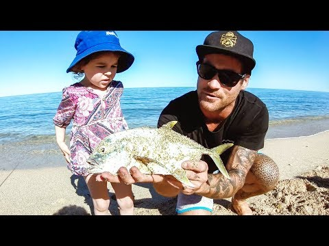 Amazing Beach Fishing With My Family - Ep 130