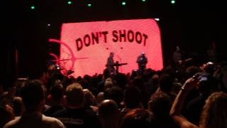 Devo Live Dallas 2011 tour Bob Casale R.I.P. Don't Shoot (I'm a Man)
