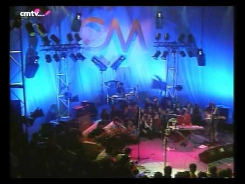 Charly García video Rezo por vos - CM Vivo agosto 2002