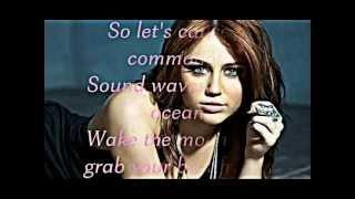 Miley Cyrus spotlight lyrics and mp3