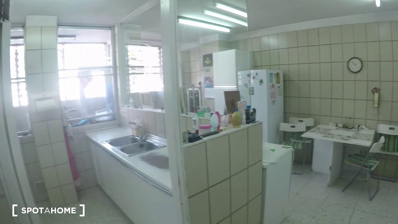 Twin Beds in Rooms and beds for rent in spacious 4-bedroom apartment in Nueva España