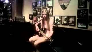 Karissa singing True Colors (Eva Cassidy cover)