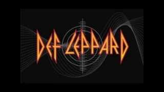 Gambar cover Pour Some Sugar On Me by Def Leppard (87' vs 13')