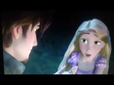 Anna and Repunzel rap battle