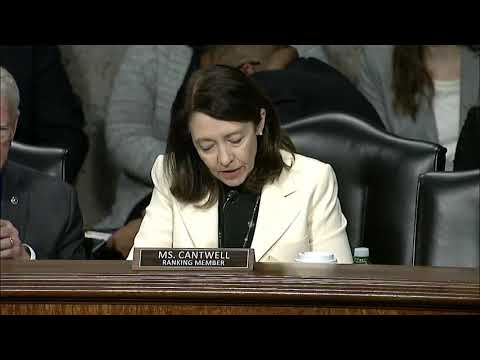 Cantwell%E2%80%99s%20Legislation%20to%20Protect%2C%20Assist%20Marine%20Mammals%20Passes%20Commerce%20Committee