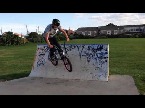 Webisode 1 (The Park Skatepark) -great not really great yarmouth