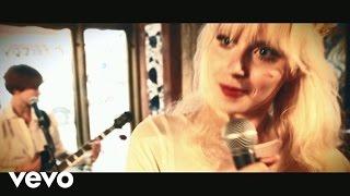 Amanda Jenssen - Vesterbro Safari - Calleth You, Cometh I