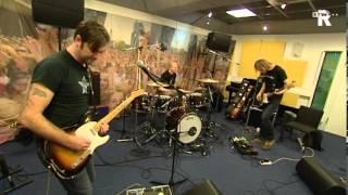 Live Uit Lloyd - Face Tomorrow - The Fix