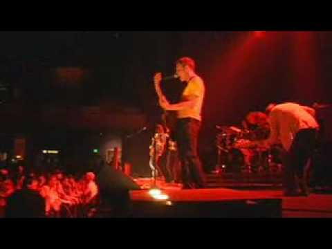 Ava, Wait: Kick The Chair - Live at the Pageant