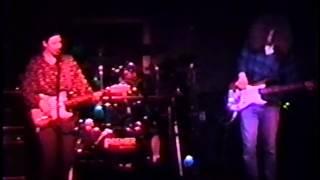 La La Song, Chant live in Berkeley