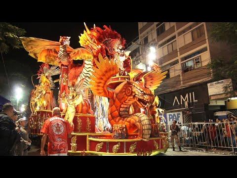 Veja como foi o desfile da escola de samba do Grupo Especial Imperatriz de Olaria