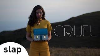 Nina Fernandes - Cruel