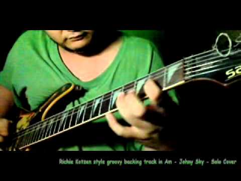 Richie Kotzen style groovy backing track in Am   Johny Sky   Solo Cover