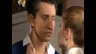 Поцелуй Лизы и Макса