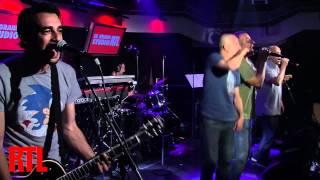 Zebda - Tomber la chemise en live dans le Grand Studio RTL présenté par Eric Jean-Jean - RTL - RTL