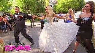 Naomi, Natalya and Jimmy Uso party Bulgarian-style: Total Divas Bonus Clip, April 26, 2017