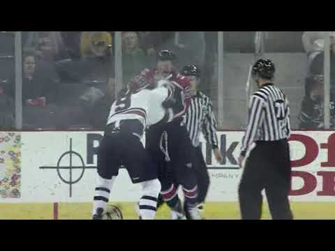 Jake Schultz vs. Seth Ronsberg