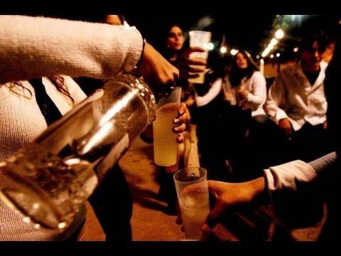 Se bruscamente smettere di bere la pressione di alcool