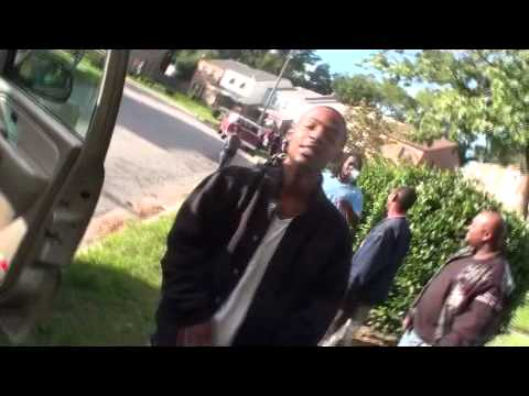 """Rizzy Rich """"Get high witcha pt 2"""" Video"""