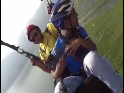 Repórter Favela toma uma jarra de suco de Laranja e passa mal ao pular de Para - Quedas