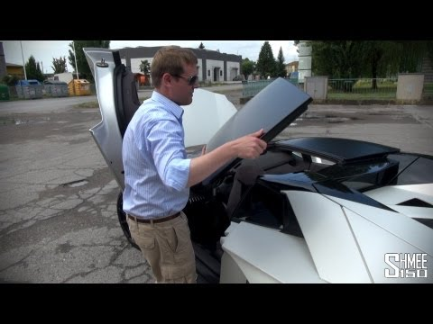 How to remove the roof of a Lamborghini Aventador Roadster