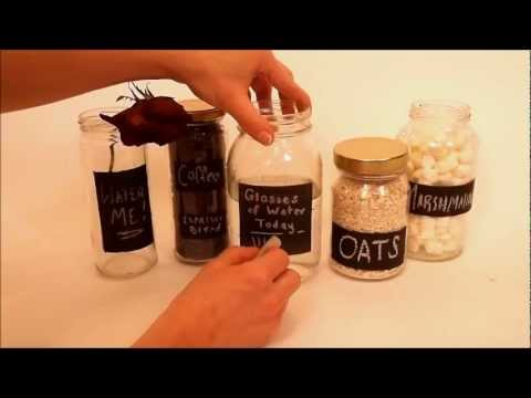 Use Chalkboard Paint To Make Reusable Labels For Your Storage Jars