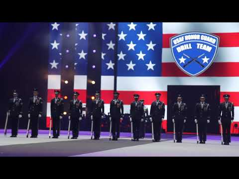 The US Air Force Honor Guard Drill Team tijdens Taptoe 2019