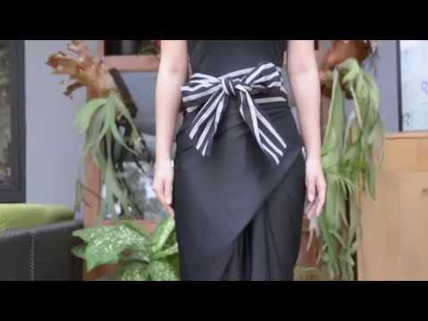 Video Dewi Fashion Knights 2015: Tutorial Memakai Rok Lilit oleh Lulu Lutfi Labibi (1/2)