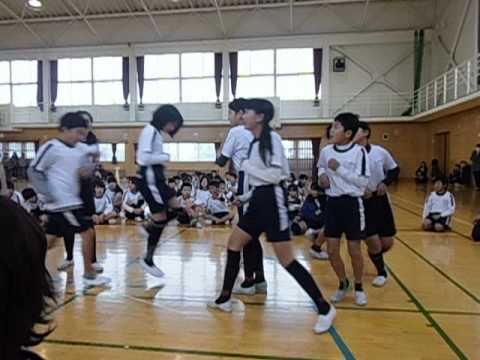 小笠北小学校6年2組B 長縄跳び