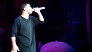 """Drake performs his favorite song """"Fear"""" front row view"""