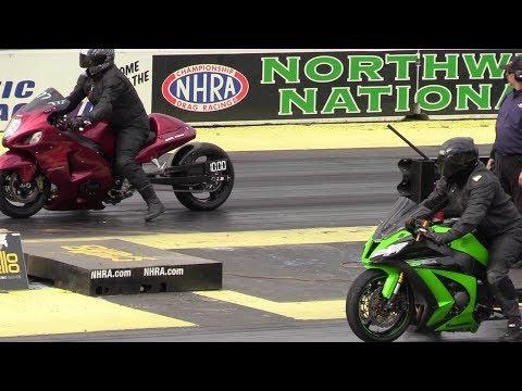 Hayabusa vs Kawasaki Ninja zx10r – motorcycles racing
