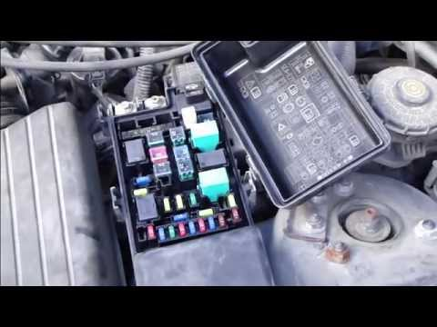 How to change fuses Honda Accord and fix light fuse error. Years 2003 to 2007.