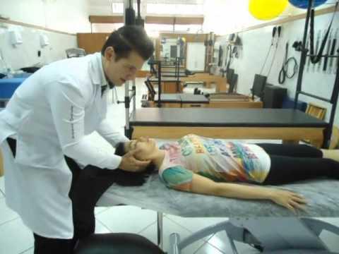 Simulatori per il trattamento di ernia spinale