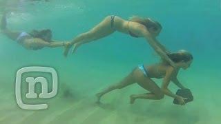 Alana Blanchard And Friends Explore Kauai: Alana Surfer Girl, Ep 102