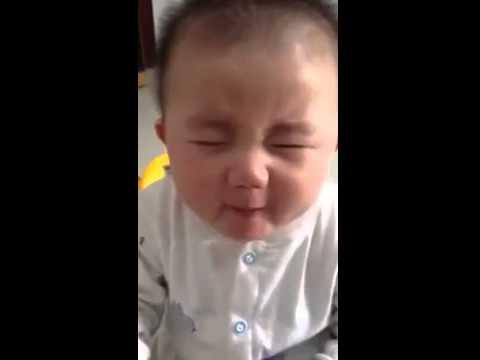 İlk kez limon tadan bebek :)