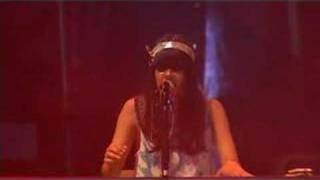 Bat For Lashes - I'm On Fire (BBC Collective Session, 2006)