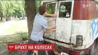 Викинути шкода, відремонтувати дорого: у столиці нарахували тисячі покинутих автівок