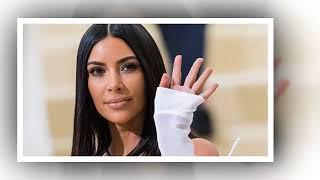Kim Kardashian-Aaliyah for Halloween