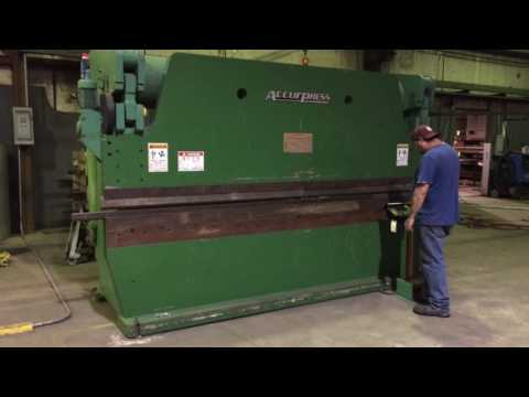 2000 Accurpress Hydraulic Press Brake, Mdl 725012, 12' x 250
