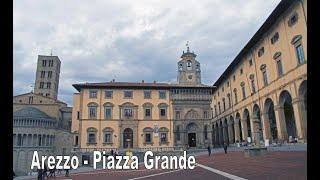preview picture of video 'Arezzo - Piazza Grande (Full HD 1080p)'