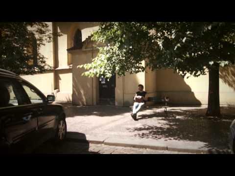 Mrakoplaš - Mrakoplaš - ZMĚNILA SES (Official video)