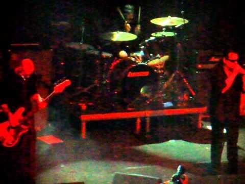 KYUSS Lives! -  Thumb (live @ Fuzz, Athens 25/3/11)