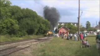 preview picture of video 'NKP 765 Howell Michigan Train Festival'