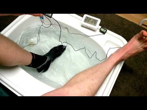 decathlons 5mm diving socks tested in ice water
