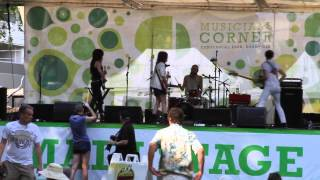 "Those Darlins, ""Screws Get Loose"" at Musicians Corner"