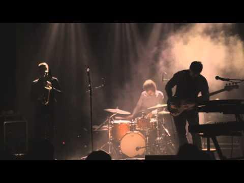 Gorilla Mask live at Handelsbeurs, Gent (20.04.13)