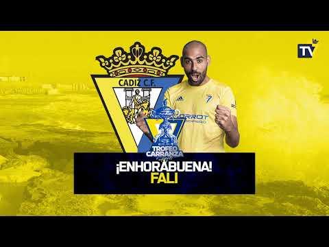 El Cádiz vence al Málaga en la final del Trofeo Carranza más benéfico