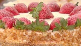 Buddy Valastro's Strawberry Milkshake Cake & Mocha Cake